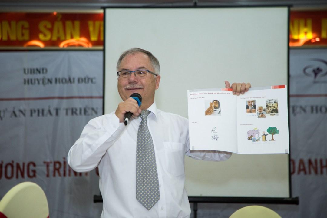 Người thầy giáo dành tâm huyết cả cuộc đời cho sự phát triển doanh nghiệp vừa và nhỏ tại Việt Nam